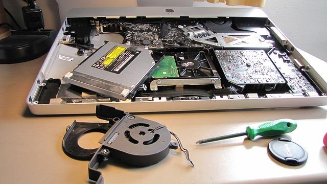 serwis komputerów i laptopów